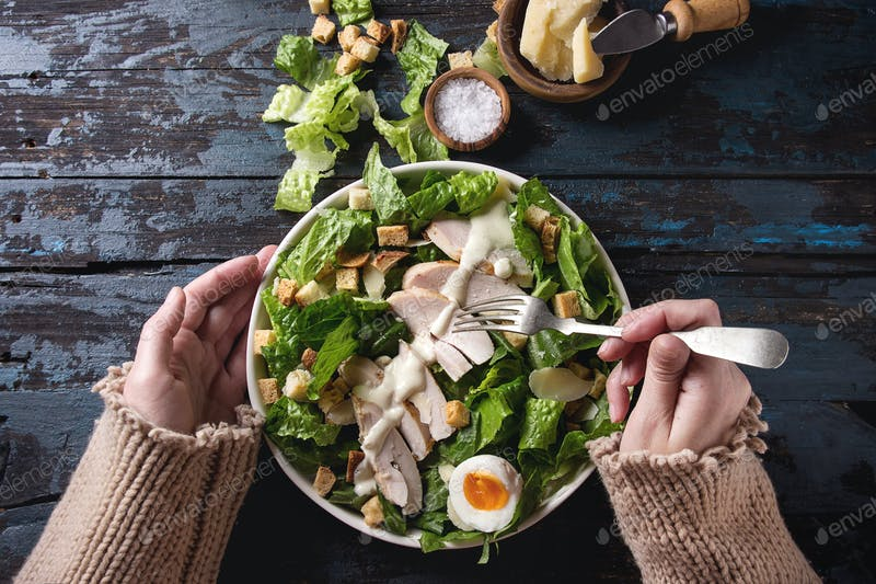 Tips On Making A Perfect Caesar Salad